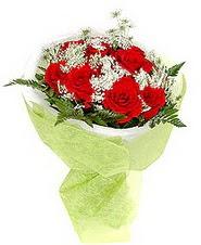 Mardin çiçek , çiçekçi , çiçekçilik  7 adet kirmizi gül buketi tanzimi