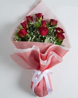 9 adet kırmızı gülden buket  Mardin çiçek satışı