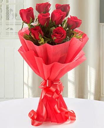 9 adet kırmızı gülden modern buket  Mardin İnternetten çiçek siparişi