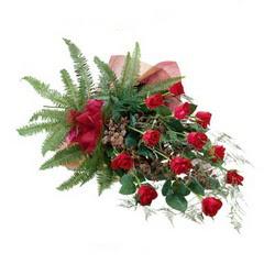 Mardin online çiçek gönderme sipariş  10 adet kirmizi gül özel buket çiçek siparisi