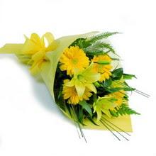Mardin hediye sevgilime hediye çiçek  lilyum gerbera buketi özel