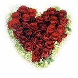 kalp biçiminde 15 gülden   Mardin güvenli kaliteli hızlı çiçek