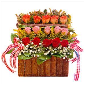 sandikta 3 kat güllerden   Mardin cicekciler , cicek siparisi
