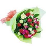 12 adet renkli gül buketi   Mardin çiçek gönderme sitemiz güvenlidir
