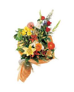 mevsim çiçekleri buketi   Mardin uluslararası çiçek gönderme