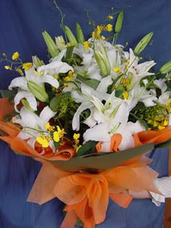 Mardin internetten çiçek satışı  5 ADET KAZABLANKA BUKETI KALITEDEN SASMAYANLARA