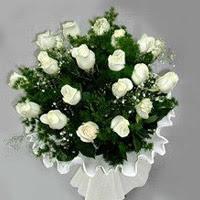 Mardin hediye çiçek yolla  11 adet beyaz gül buketi ve bembeyaz amnbalaj