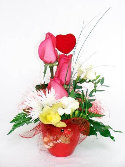 Mardin ucuz çiçek gönder  cam içerisinde 3 adet gül ve kir çiçekleri