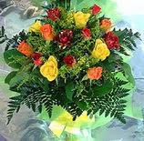 13 adet karisik gül buketi demeti   Mardin uluslararası çiçek gönderme