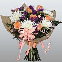 güller ve kir çiçekleri demeti   Mardin çiçekçiler