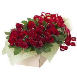 19 adet kirmizi gül buketi  Mardin güvenli kaliteli hızlı çiçek