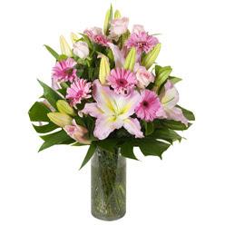 vazo içerisinde karisik mevsim çiçekleri  Mardin internetten çiçek siparişi