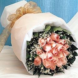 12 adet sonya gül buketi anneler günü için olabilir   Mardin İnternetten çiçek siparişi