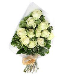 Mardin online çiçekçi , çiçek siparişi  12 li beyaz gül buketi.