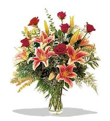Mardin çiçek servisi , çiçekçi adresleri  Pembe Lilyum ve Gül