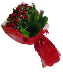 Mardin çiçek gönderme sitemiz güvenlidir  10 adet kirmizi gül demeti