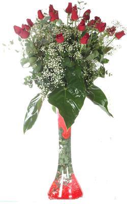 Mardin uluslararası çiçek gönderme  19 ADET GÜL VE FIL CAM AYAGI