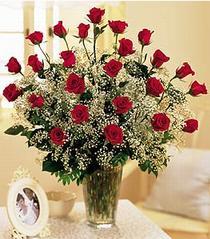 Mardin çiçek , çiçekçi , çiçekçilik  özel günler için 12 adet kirmizi gül