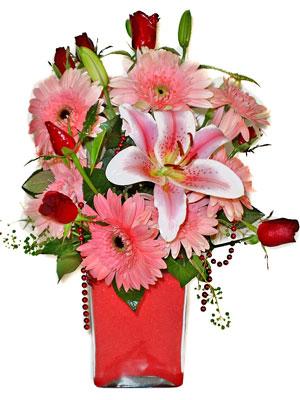 Mardin cicek , cicekci  karisik cam yada mika vazoda mevsim çiçekleri mevsim demeti