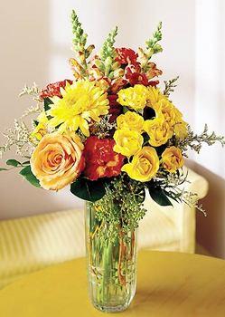 Mardin 14 şubat sevgililer günü çiçek  mika yada cam içerisinde karisik mevsim çiçekleri