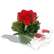 Mika kalp içerisinde 9 adet kirmizi gül  Mardin çiçek servisi , çiçekçi adresleri