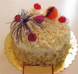 pasta siparisi 4 ile 6 kisilik yaspasta mis lezzette  Mardin çiçekçi telefonları