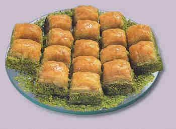 pasta tatli satisi essiz lezzette 1 kilo fistikli baklava  Mardin internetten çiçek siparişi