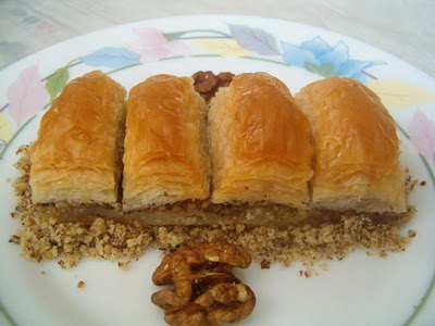 online pastane Essiz lezzette 1 kilo cevizli baklava  Mardin cicek , cicekci