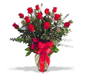 çiçek siparisi 11 adet kirmizi gül cam vazo  Mardin online çiçek gönderme sipariş