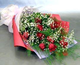 10 adet kirmizi gül çiçegi gönder  Mardin anneler günü çiçek yolla