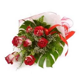 Çiçek gönder 9 adet kirmizi gül buketi  Mardin çiçek siparişi vermek