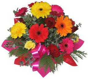 Karisik mevsim çiçeklerinden buket  Mardin hediye sevgilime hediye çiçek
