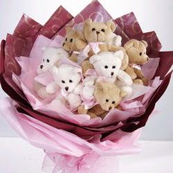 9 adet ayiciktan buket  Mardin internetten çiçek siparişi