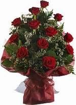 Mardin çiçekçiler  9 Adet kirmizi gül buketi