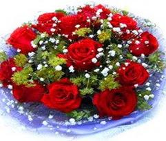 9 adet kirmizi güllerden buket  Mardin çiçekçi telefonları