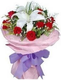 9 adet kirmizi gül 1 adet kazablanka buketi  Mardin çiçekçi mağazası