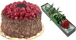 1 adet yas pasta ve 1 adet kutu gül  Mardin uluslararası çiçek gönderme