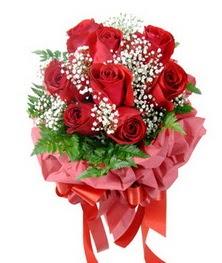 9 adet en kaliteli gülden kirmizi buket  Mardin çiçek servisi , çiçekçi adresleri
