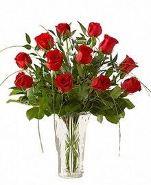 cam yada mika vazo içerisinde 9 kirmizi gül  Mardin çiçek siparişi sitesi