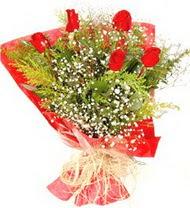 Mardin anneler günü çiçek yolla  5 adet kirmizi gül buketi demeti