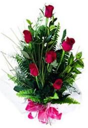 Mardin güvenli kaliteli hızlı çiçek  5 adet kirmizi gül buketi hediye ürünü