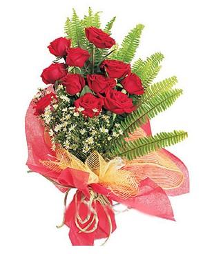 Mardin İnternetten çiçek siparişi  11 adet kırmızı güllerden buket modeli