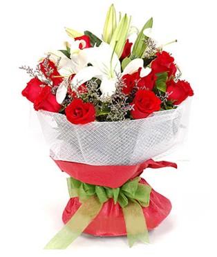 Mardin hediye çiçek yolla  1 dal kazablanka 11 adet kırmızı gül buketi