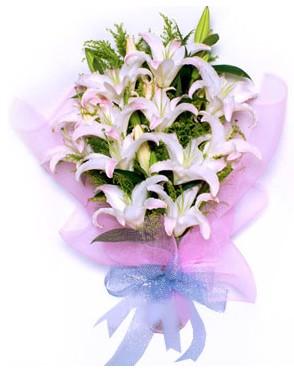 5 dal kazablankadan muhteşem buket  Mardin hediye çiçek yolla