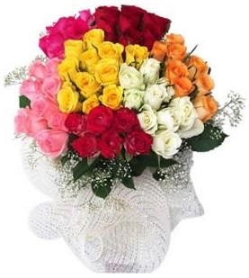 Mardin çiçekçi telefonları  51 adet farklı renklerde gül buketi
