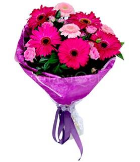 Mardin çiçek siparişi sitesi  karışık gerbera çiçeği buketi