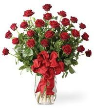 Sevgilime sıradışı hediye güller 24 gül  Mardin 14 şubat sevgililer günü çiçek