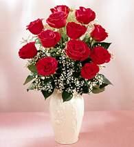 Mardin çiçekçi mağazası  9 adet vazoda özel tanzim kirmizi gül