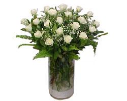 Mardin yurtiçi ve yurtdışı çiçek siparişi  cam yada mika Vazoda 12 adet beyaz gül - sevenler için ideal seçim