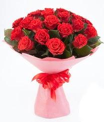 15 adet kırmızı gülden buket tanzimi  Mardin çiçek siparişi sitesi
